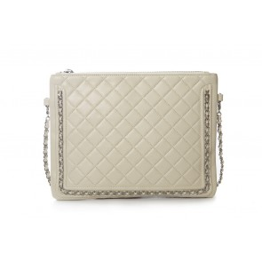 QUILTED WALLET CLUTCH WITH CHAIN DETAIL