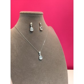 CRYSTAL TEARDROP NECKLACE & EARRING SET